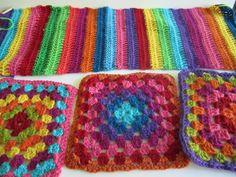 Bright bits Cascade 220, Blankets, Bright, Quilts, Crochet, Pretty, Colors, Quilt Sets, Blanket