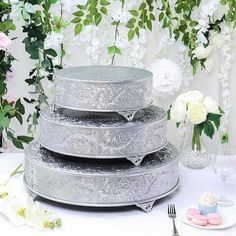 Wedding Cake Stands, Wedding Cake Toppers, Wedding Cakes, Cake Centerpieces, Elegant Centerpieces, Cake Stand Display, Metal Cake Stand, Caking It Up, Plate Stands