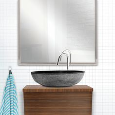 Lavabo aus Stein / stone sink Stone Sink, Home Decor Inspiration, Vanity, Bathroom, Trough Sink, Bath Room, Painted Makeup Vanity, Washroom, Lowboy