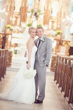 A Happy Navy Blue & Coral Wedding at Fountain Square Theater in Indianapolis - Fab You Bliss