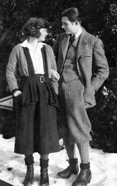 ErnestHemingwayHadley1922 - Ernest Hemingway - Wikipedia