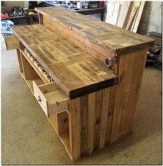 reclaimed pallets bar