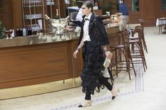 Chanel Fall 2015 RTW Backstage – Vogue