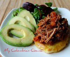 Carne De Cerdo Desmechada - Shredded Pork. Colombian Cuisine, Colombian Recipes, Shredded Pork, Meat Chickens, Latin Food, Main Dishes, Food And Drink, Appetizers, Cooking Recipes