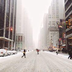 Snowy New York / photo by Jacob Santiago