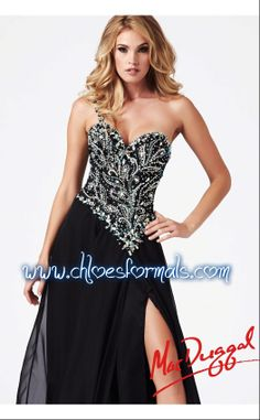Sizes:  0 - 16   $538 Colors:  Black & Red  #0381952/140