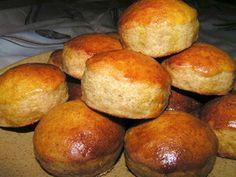 Finom tönköly pogácsa recept European Dishes, Pretzel Bites, Scones, Donuts, Muffins, Bread, Food, Frost Donuts, Muffin