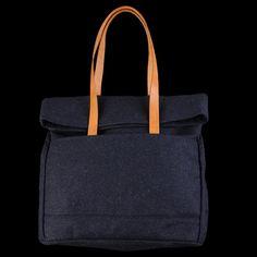 UNIONMADE - GIFTSHOP - Makr Weekender Bag in Navy