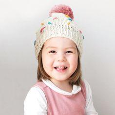 new baby hats 2018 এর ছবির ফলাফল Beginners Knitting Kit, Knitting Kits, Knitting For Kids, Loom Knitting, Baby Knitting, Beginner Knitting, Hat Patterns To Sew, Knitting Patterns, Sewing Patterns