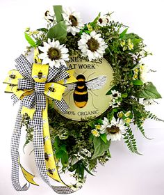 White Sunflower, Sunflower Wreaths, Wreaths For Front Door, Door Wreaths, Honey Bees, Wired Ribbon, How To Make Bows, Homemade Gifts, Grape Vines