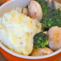 Purê de batatas com alho e leite de coco