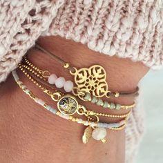 Lovely winter pastels bracelets © www.mint15.com