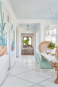 A good coastal decor home design hint is to keep the ceiling tone at least a hue or two brighter than all the other walls in the house. Beach Cottage Style, Beach Cottage Decor, Coastal Cottage, Coastal Style, Coastal Living, Coastal Decor, Coastal Bedrooms, Chic Beach House, Cottage Living