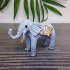 Polymer Clay, Dinosaur Stuffed Animal, Super Cute, Etsy, Vintage, Animals, Craft Gifts, Schmuck, Dekoration