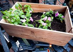 8 Cool Wine Crates Crafts | Shelterness