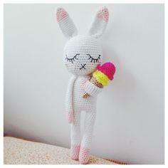 SOMEBUNNY LOVES YOU! :gehaakt konijn met ijsje // icecream crochetbunny