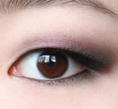 Blackened violet & green eyeshadow