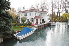 A Spanish colonial house on Harbor Island - Beautiful Streets in and near Detroit