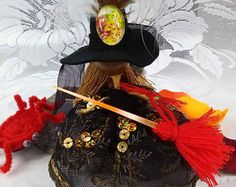 Black Gold Fairy Decorative Doll Princess Shabby Chic, Halloween Witch Decoration with Witches Broomstick and Spider, Miniature Bendy Doll