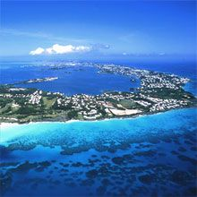 Bermuda. On my travel and fitness bucket list for 2013/14. The Bermuda is on my 26.2 short list. #FitFluential #TMOM