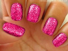 Sparkly pink! nails-my-obsession