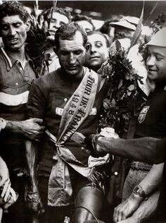 .......Gino Bartali celebrated, TdF 1948!