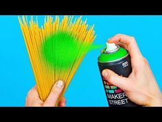 Here are some must-try food hacks and crafts for you my friends! Wanna feel like a pro in the kitchen? Cook your favorite meal in no time? Then I highly reco.Palette Knife Abstract Painting EASY for beginnersDiscover recipes, home ideas, style inspir Abstract Painting Easy, Diy Painting, Diy Home Crafts, Crafts For Kids, Life Hacks Diy, Herbalife Shake Recipes, Bicycle Cards, Small Space Interior Design, Cool Bicycles
