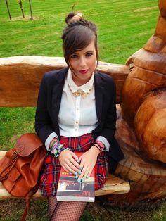 Tartan skirt, preppy style. #tartan #preppy