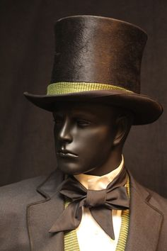 "From ""Oz the Great and Powerful"" (2013) worn by James Franco as Oz design by Gary Jones and Michael Kutsche"