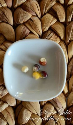 5 Kernels of Corn - a Thanksgiving story and tradition that will make everyone thankful (a great thing to do with kids)