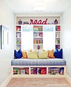 House of Turquoise- kids playroom reading nook Reading Nook Kids, Reading Room, Childrens Reading Corner, Reading Areas, Children Reading, House Of Turquoise, Toy Rooms, Kids Rooms, Small Play Rooms
