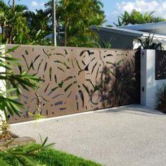 Sanctum design gallery showcases fresh ideas in feature screens & gates Front Gates, Entrance Gates, Entrance Ideas, Front Gate Design, Fence Design, Outdoor Planters, Outdoor Decor, Plasma Cutter Art, Fence Screening