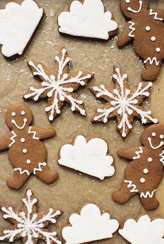 christmas cookies, christmastime, desserts, gingerbread cookies, snowflake cookies