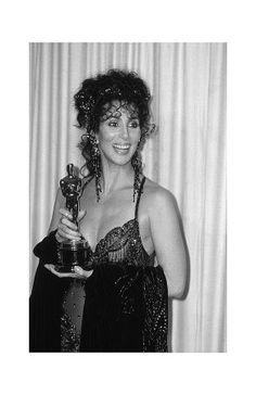 Cher  Moonstruck, 1987