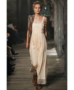 Chanel Pre-Fall 2013 Metiers d'Art Paris Edinburgh collection #GG runway