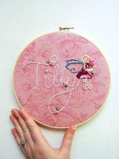 Name Sign Custom Nursery Art Personalized Name Fairy Embroidery Hoop Wall Art Girl Shabby Chic Garden Room Decor Pink
