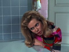 Bewitched, S7 E1.To Go or Not to Go, That Is the Question . Elizabeth Montgomery,