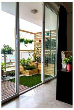 Inspiring Small Balcony Garden Ideas For Small ApartmentYou can find Balcony garden and more on our website.Inspiring Small Balcony Garden Ideas For Small Apartment Small Balcony Design, Small Balcony Garden, Outdoor Balcony, Backyard Patio, Balcony Ideas, Terrace Ideas, Courtyard Ideas, Courtyard House, Indoor Courtyard