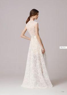 Suknie ślubne Anna Kara to fantastyczna propozycja dla wszystkich Panien Młodych poszukujących swojej wymarzonej, delikatnej i kobiecej kreacji na ten...