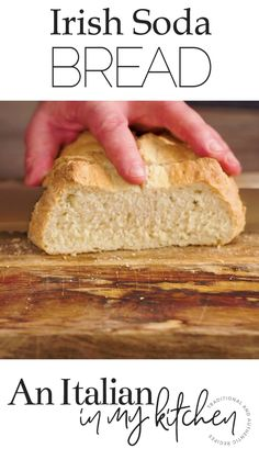 Irish Soda Bread is a yeast free bread ready in 45 minutes. The perfect addition to any delicious Soup or Stew. recipes no yeast videos Irish Soda Bread Artisan Bread Recipes, Healthy Bread Recipes, Yeast Bread Recipes, Easy Cake Recipes, Italian Bread Recipes, Irish Desserts, Irish Recipes, Yeast Free Breads, No Yeast Bread