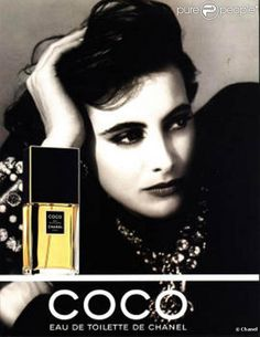 The most iconic perfume campaign in history. Coco by Chanel with Ines de la Fressange Coco Chanel Parfum, Mademoiselle Coco Chanel, Perfume Chanel, Cosmetics & Perfume, Perfumes Vintage, Vintage Makeup, Vintage Chanel, Chanel Beauty, Chanel Makeup