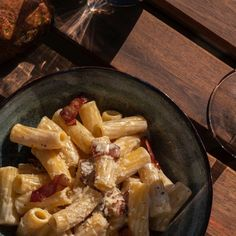 From sparkling to red to white to rosé, here are ten wines to pair with carbonara.