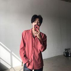 Korean Street Fashion - Life Is Fun Silo Korean Boys Hot, Korean Boys Ulzzang, Cute Korean, Ulzzang Boy, Korean Men, Asian Boys, Asian Men, Korean Girl, Korean Fashion Men