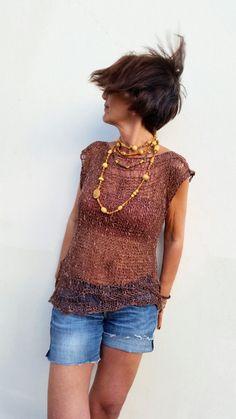 Chocolate knit sweater. Linen summer outfit. por EstherTg