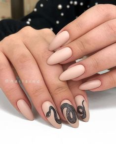 56 Lovely Acrylic Almond Shaped Nails To Inspire You This Summer - Almond acrylic nail, short almond nails, summer nails design, almond nails shape , Short Almond Nails, Almond Shape Nails, Nails Shape, Nude Nails, Gel Nails, Coffin Nails, Nails After Acrylics, Black Manicure, Nagel Tattoo