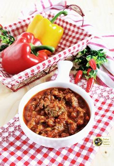 Chana Masala, Chili, Soup, Ethnic Recipes, Blog, Fantasy, Chile, Blogging, Soups