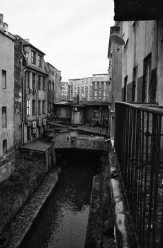 """""""Katowice - behind the magic"""". Rzeka Rawa przed przykryciem, dzisiaj plynie kanalem podziemnym pod miastem,"""