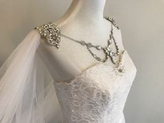 Bridal Cape Veil, Wedding Cape w/Rhinestone Jewelry on Front and Back__ x meter) Long, White/ Off White/ Ivory__ Wedding Cape, Bridal Cape, Wedding Veils, Wedding Dresses, V Shape Cut, Drop Veil, Feather Hair Clips, Back Necklace, Back Jewelry