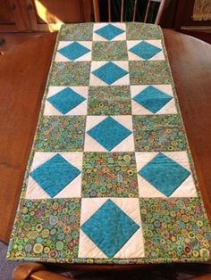 Items similar to Quilted Table Runner on Etsy Patchwork Table Runner, Table Runner And Placemats, Table Runner Pattern, Quilted Table Runners, Patchwork Quilt Patterns, Place Mats Quilted, Bed Table, Bed Runner, Sewing Table