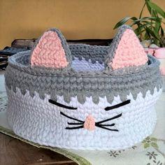 Crochet Home, Easy Crochet, Crochet Baby, Baby Patterns, Crochet Patterns, Cat Couch, Homemade Cat Toys, Knit Basket, Crochet Circles
